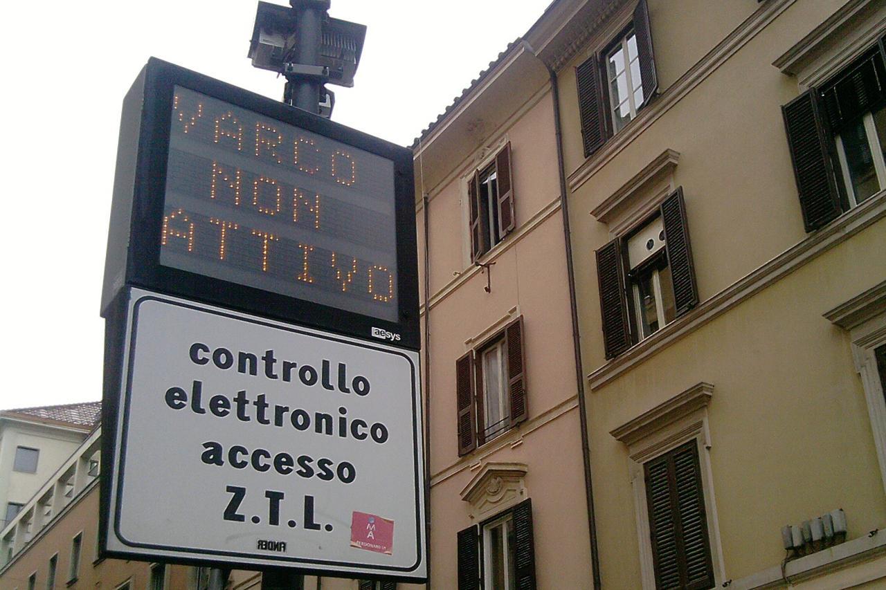 Roma Capitale: Sospensione delle limitazioni al traffico nelle Zone a Traffico Limitato (ZTL)